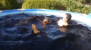 Блогеры утопили беспилотник в бассейне кока-колы (ВИДЕО)