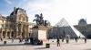 Лувр возобновил работу после наводнения в Париже