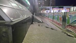 В столице на Рышкановке рушится здание (ФОТО, ВИДЕО)