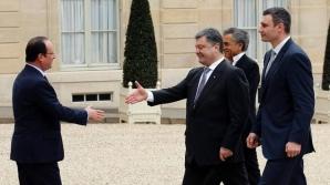 Порошенко обсудит с Олландом санкции против России