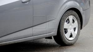 Водитель автомобиля объехал пробку по встречке (ВИДЕО)