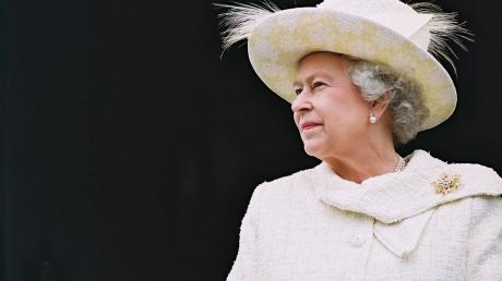 Встолице Англии прошел праздничный молебен вчесть королевы ЕлизаветыII