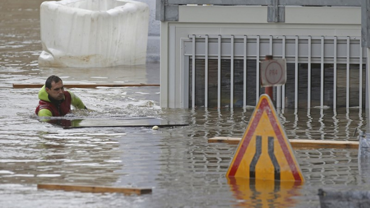 В 16 департаментах Франции объявлен режим стихийного бедствия