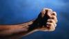 Жертва агрессии члена платформы DA: мужчину похитили и избивали за долг в 750 евро