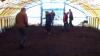 Белоруссия: 11 безработных пять часов топтали землю ногами (ВИДЕО)
