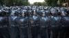 Около 60 человек пострадали в столкновениях протестующих и полиции в Ереване