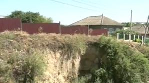Оползни угрожают жилым домам в селе Казаклия