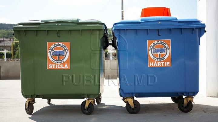 Жителей села Сэрата Веке учат сортировать мусор