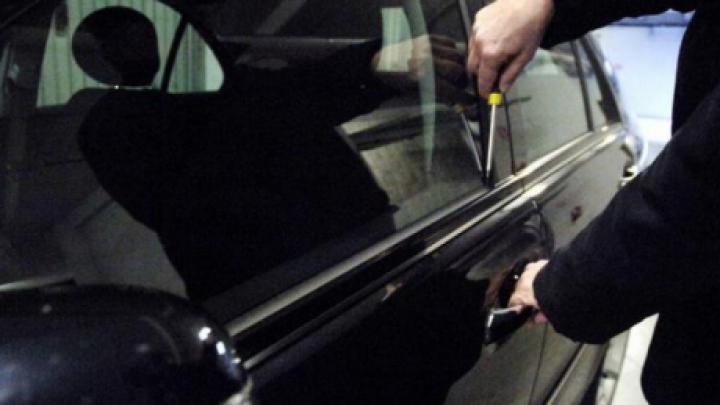 Парень из Хынчешт задержан по подозрению в угоне автомобиля (ФОТО)