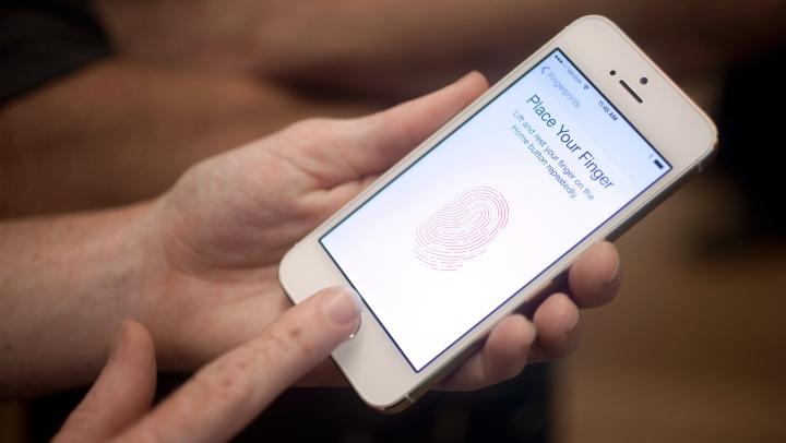 Полицейские в США напечатали на 3D-принетере пальцы убитого, чтобы разблокировать его iPhone