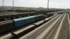 Два вагона грузового поезда сошли с рельсов в Подмосковье