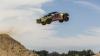 Установлен мировой рекорд по прыжкам в длину на автомобиле (ВИДЕО)