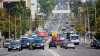 Микроавтобус без колеса передвигался по улицам столицы (ВИДЕО)