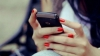 Девушка украла мобильный телефон из магазина на Буюканах (ВИДЕО)