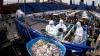 В Москве в кузове грузовика намешали 20 тонн греческого салата