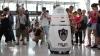 Роботы-охранники в аэропорту Китая