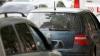 Водитель решил объехать пробку по встречной обочине (ВИДЕО)