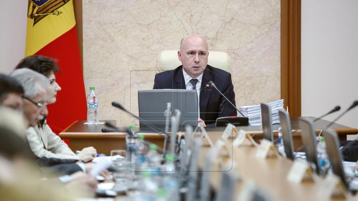 Правительство собралось на срочное заседание по случаю вспышки свиного гриппа