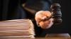 Судью из Резинского района обвиняют в незаконном освобождении убийцы из тюрьмы