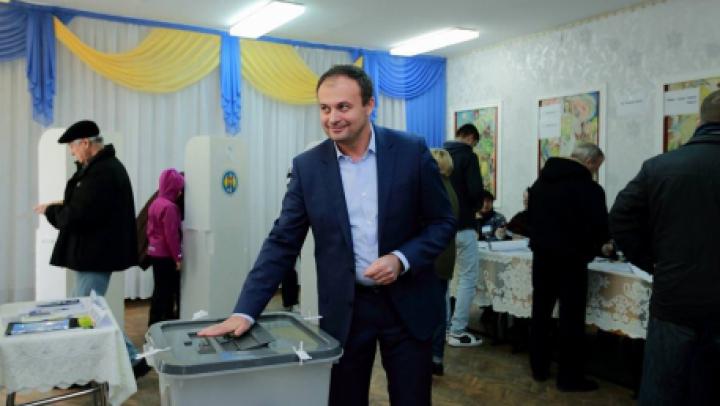 Андриан Канду опубликовал в соцсети обращение к избирателям
