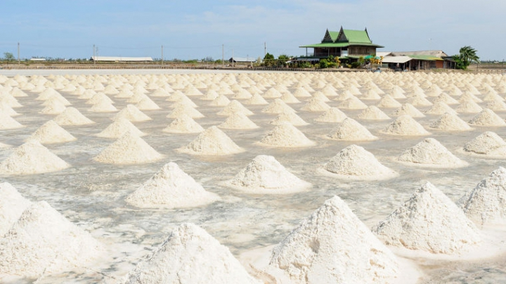 Китай отменит действовавший более 2600 лет закон о цене на соль