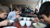 В Пермском крае после обеда 28 школьников госпитализированы с отравлением