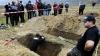 Братья-словаки победили в чемпионате гробокопателей