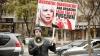 Соседи Анны Урсаки вызвали священника, который освятил ее дом