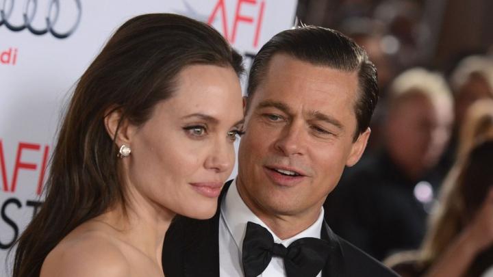 Анджелина Джоли иБрэд Питт проведут День благодарения совместно