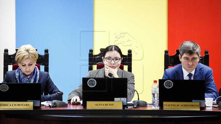 ЦИК представила в КС документы для утверждения полномочий  главы государства