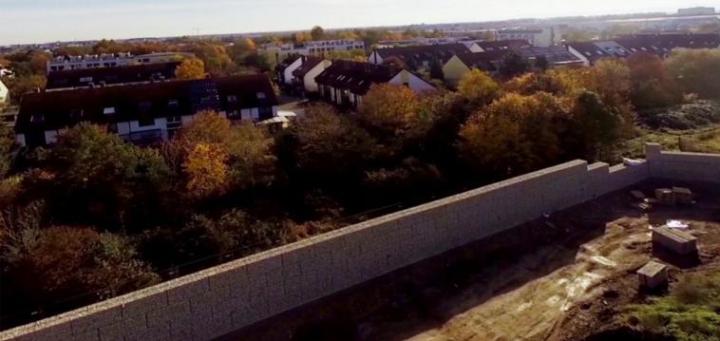 Немцы отгородятся от беженцев стеной выше Берлинской