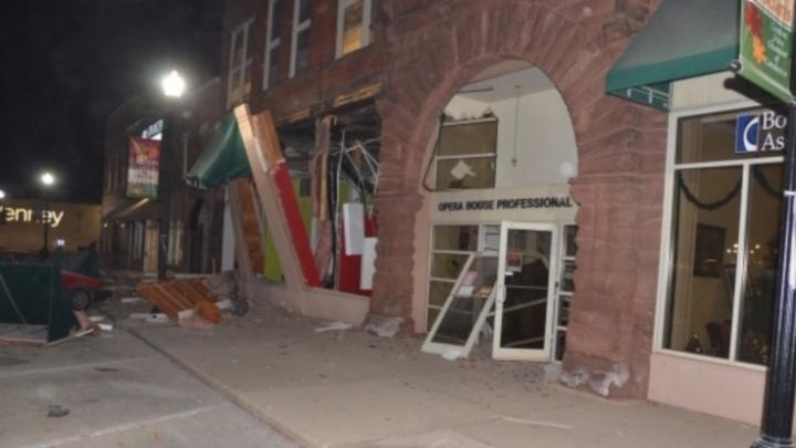 Взрыв в США: два человека погибли, 11 пострадали