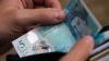 В веганском кафе в Великобритании запретили расплачиваться банкнотой в 5 фунтов