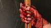 Жуткое убийство в Яссах: Женщина убила соседа и надела на него платье и бюстгальтер