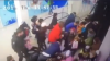 В сети появилось видео падения детей с эскалатора в Ставрополе