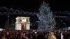 Накануне вечером сотни людей собрались в центре столицы, чтобы отметить Рождество