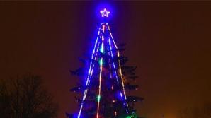 Жители литовского города установили баррикады для защиты елочной звезды