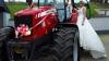 Как невеста приехала на собственную свадьбу за рулем трактора