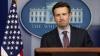 Барак Обама простился со своим пресс-секретарем