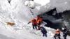 Выживший под лавиной турист рассказал, что их группа ехала знакомым маршрутом