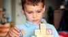 Детей-аутистов не принимают в детских садах из-за болезни, которой они страдают