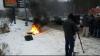 Протестующие автомобилисты жгут покрышки на въездах в Киев