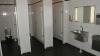 В одном из кишиневских заведений за посетителями следят даже в туалете