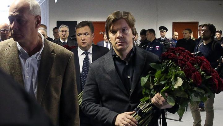 """В """"Останкино"""" простились с погибшими в катастрофе Ту-154"""