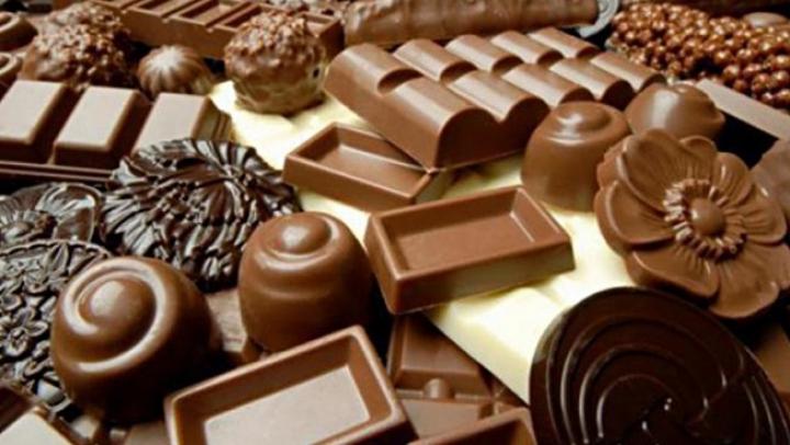Ученые: Шоколад и мясо наносят вред психике человека