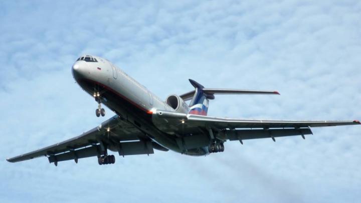 В Новосибирске сняли с самолета избившего бортпроводника пьяного пассажира