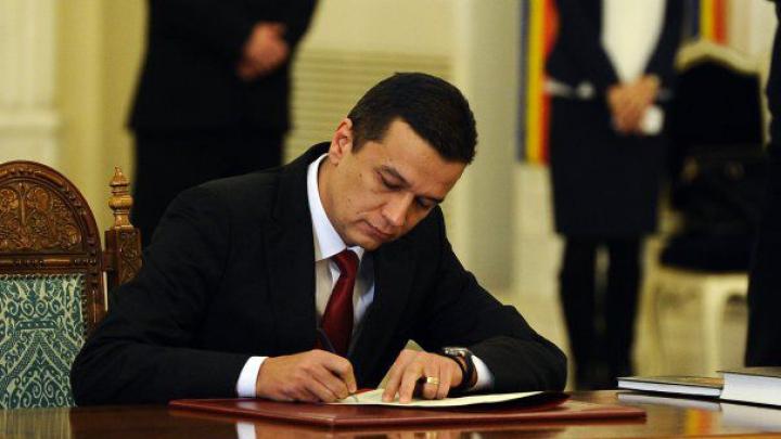 Павел Филип поздравил своего румынского коллегу Сорина Гриндяну со вступлением в должность