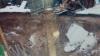 В брянском поселке ввели режим ЧС после провала под землю сарая и бани