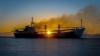 У берегов Владивостока тонет брошенное судно