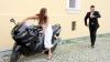 Посетители ярдсейла, приуроченного ко Дню влюбленных, могли сыграть быструю свадьбу